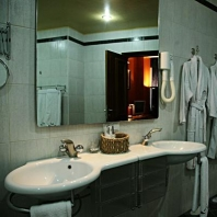 hotel-in-armenia-ararat-hotel-complex-executive-suite-31_1